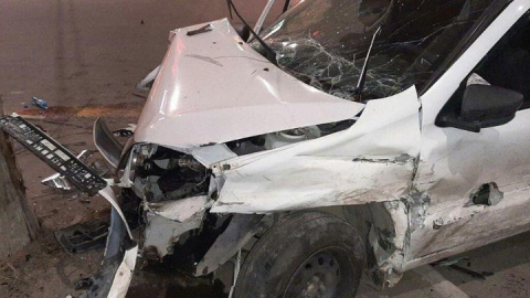 Двое 20-летних саратовцев пострадали в аварии на светофоре