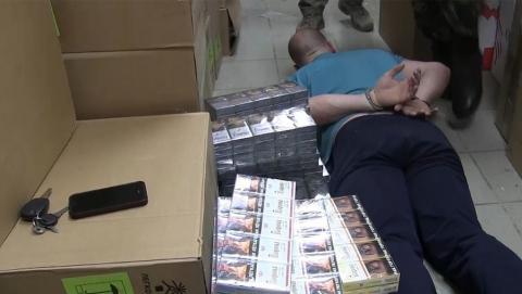Саратовские полицейские обнаружили очередной склад с контрафактными сигаретами
