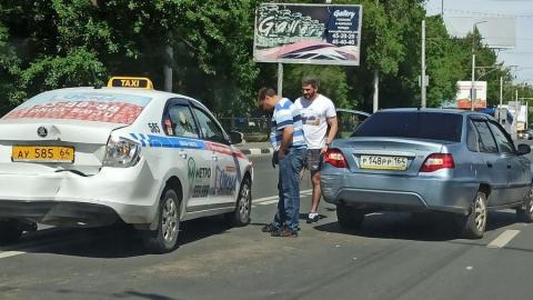 ДТП из четырёх машин перекрыло проезд в Ленинский район