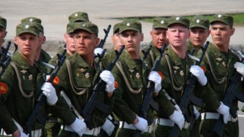 Роспотребнадзор: «Не парад, а шествие войск»
