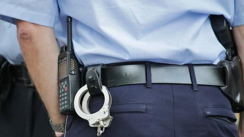 Полицейский обвиняется в превышении должностных полномочий
