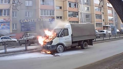 «ГАЗель» сгорела в Татищевском районе