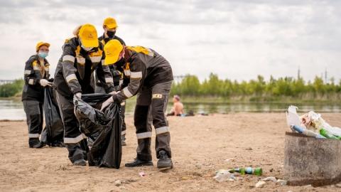 Молодые специалисты Саратовского НПЗ  провели экологическую акцию на берегу Волги