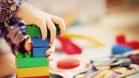 Семьи с низким доходом могут освободить от платы за детсады