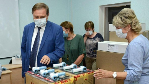 Балаковская АЭС поддержала 1807 социально незащищенных семей и передала в школы города оборудование для профилактики инфекционных заболеваний