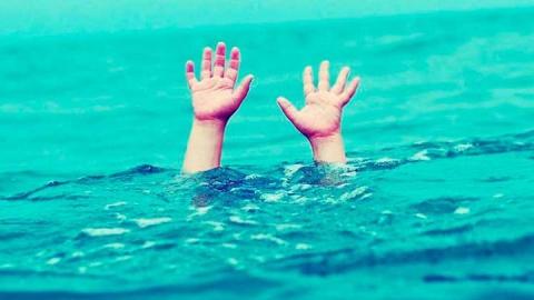 Восьмилетняя девочка погибла на пляже в Марксе