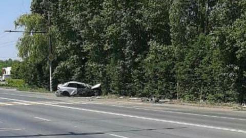 Житель Балаково врезался в столб и отправился на лечение