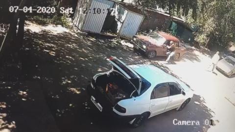 20-летний саратовец напал на полицейского | ВИДЕО