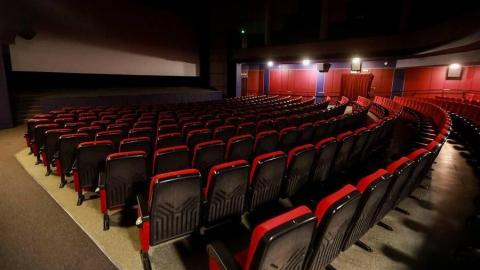 Сегодня Валерий Радаев объявит о решении открыть кинотеатры