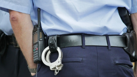 Полицейского заподозрили в вымогательстве 200 тысяч рублей