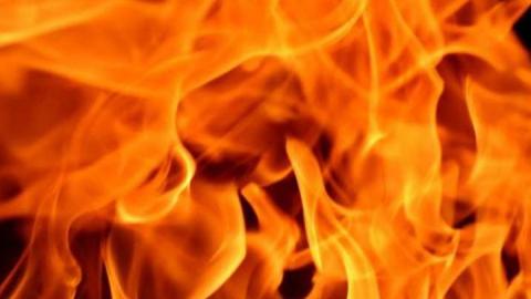 Ночной пожар в Ленинском районе был вызван неисправной проводкой