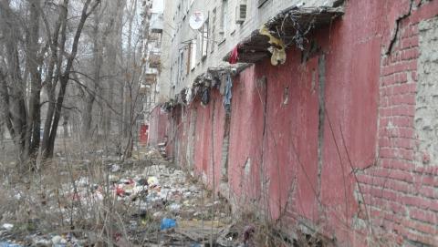 В соцсетях составили топ грязных дворов Заводского района
