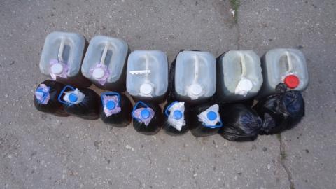Транспортный работник планировал продать около 100 литров слитой «дизельки» дальнобойщикам