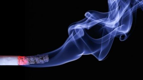 Пенсионер решил покурить и погиб в огне