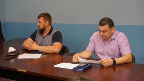 Прокурор города Сергей Ломакин предложил лишать лицензии управляющие компании-должники