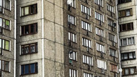 Ребенок выпал из окна в центре Саратова
