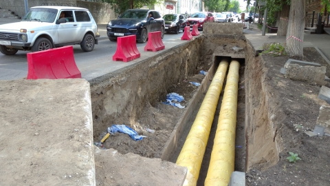 Энергетики восстанавливают горячее водоснабжение в центре Саратова