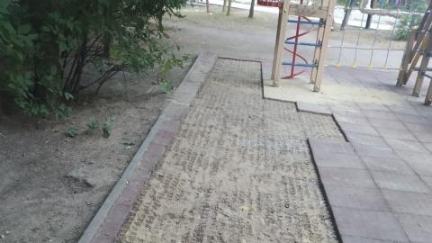 Саратовец предложил сечь плетьми за воровство с детских площадок и клумб