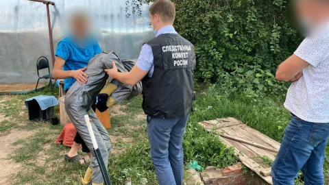 Два брата показали следователям, как избили соседа до смерти | 18+