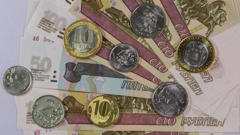 Жители Саратовской области подают заявления на 10-тысячные выплаты