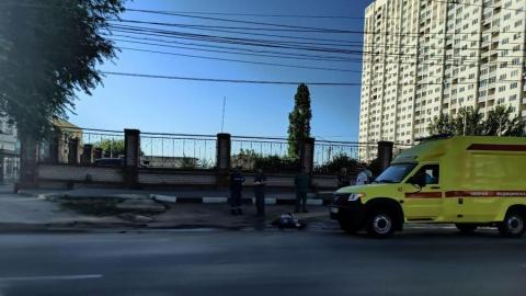 Парень насмерть сбил перебегавшего дорогу мужчину у Горпарка | 18+
