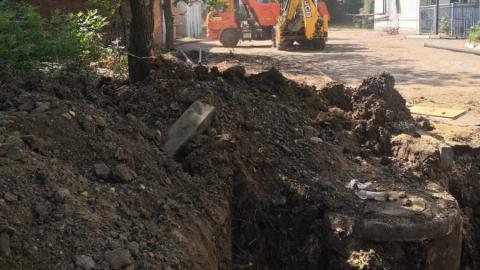 КВС заменили изношенный водопроводный ввод в школу № 44