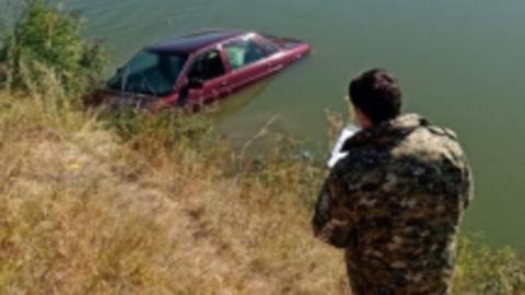 Тело утонувшего под Ртищевом мальчика достали из воды | ВИДЕО
