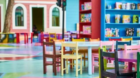 Детские сады в Саратовской области открываются, в отличие от кафе