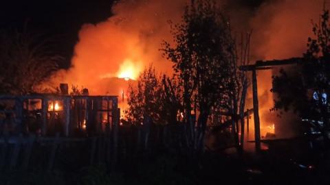 Дачный отдых под Балаково окончился гибелью трех человек в огне