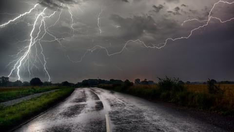 Дождь в Саратове все не кончается