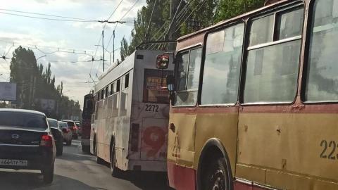 Транспортный коллапс на проспекте 50 лет Октября