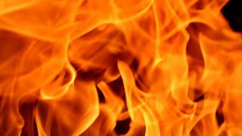 Пожар в Базарном Карабулаке уничтожил баню и сарай