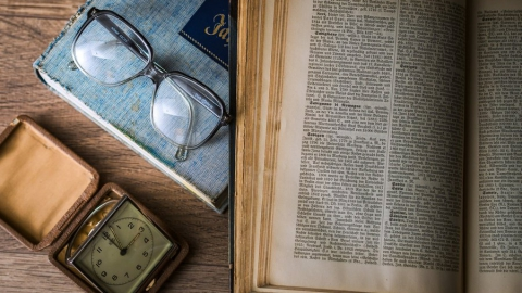Саратовских учителей старше 65 лет обещали не «выгонять» на больничные