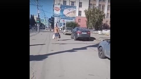 Саратовцы ополчились на автохамов на Чернышевского | ВИДЕО