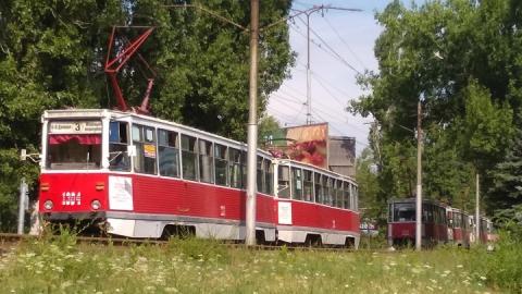 11-й трамвай прервал движение из-за ДТП в Пугачевском поселке