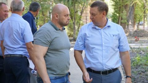 Евгений Малявко и Дмитрий Чубуков высоко оценили работы КВС в Ленинском районе