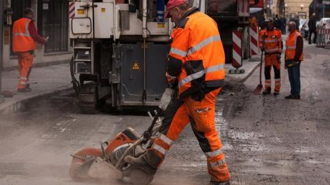 На ремонт дорог Саратова выделено более 447 миллионов