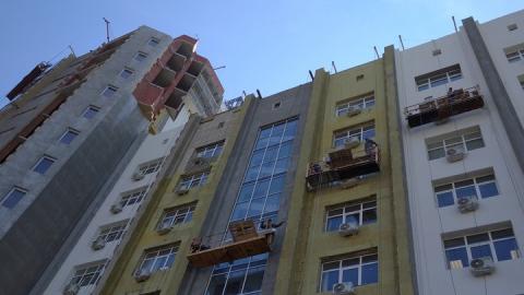 Саратовские строители сообщили о высоких налогах и неплатежеспособности заказчиков