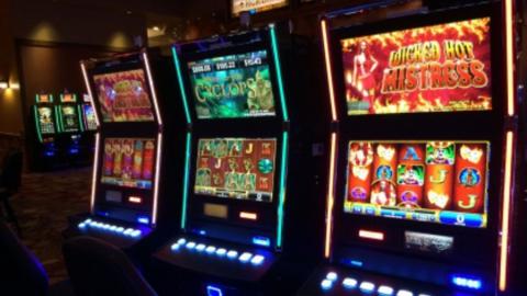 Три силовых ведомства штурмовали казино на Зеленой