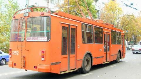 В Саратове снова стоят троллейбусы