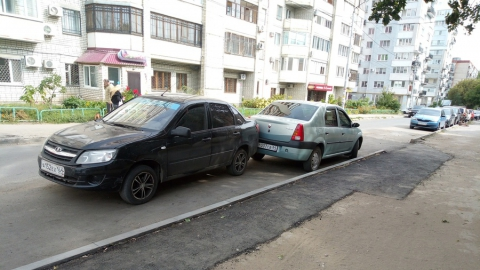 «Ладу» сдуло на «Рено» в Волжском районе