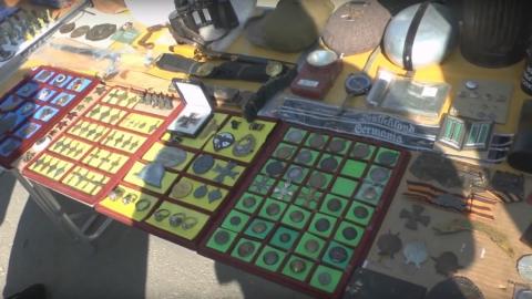 Торговца оштрафовали за «игрушечную» немецкую каску | ВИДЕО