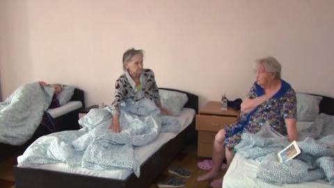 Когда саратовцы обнаружили чесотку у пожилых родственников, прокуратура пришла в дом престарелых