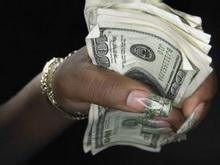 Молодой коммерческий директор растратила деньги фирмы