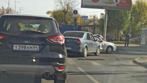 Авария из-за неработающего светофора произошла на Рахова