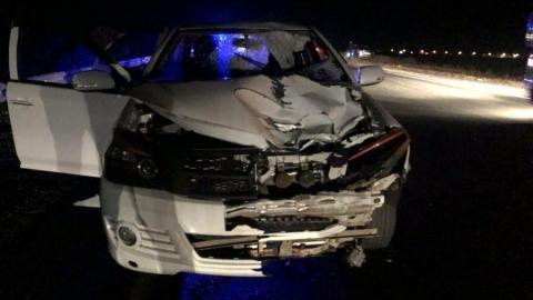 Иномарка насмерть сбила двух перебегавших дорогу молодых людей под Саратовом
