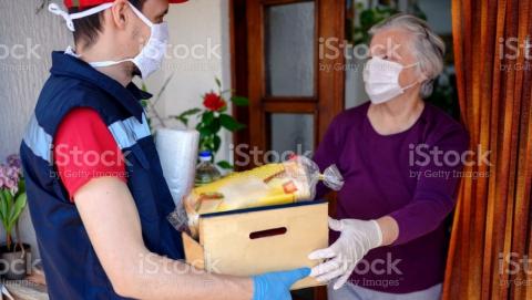 Волонтеры снова начинают помогать саратовцам