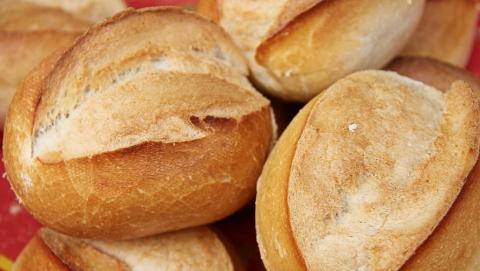 Саратовский Роспотребнадзор забраковал хлеб и кондитерскую продукцию