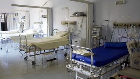 Мужчина средних лет и пожилая женщина скончались от коронавируса