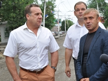 Олег Грищенко проверил ход работ по ремонту городских магистралей